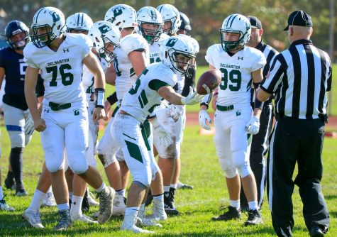 Jarmolowich Continues his Dominance Against Seton Hall Prep to Push Football Team to 4-3